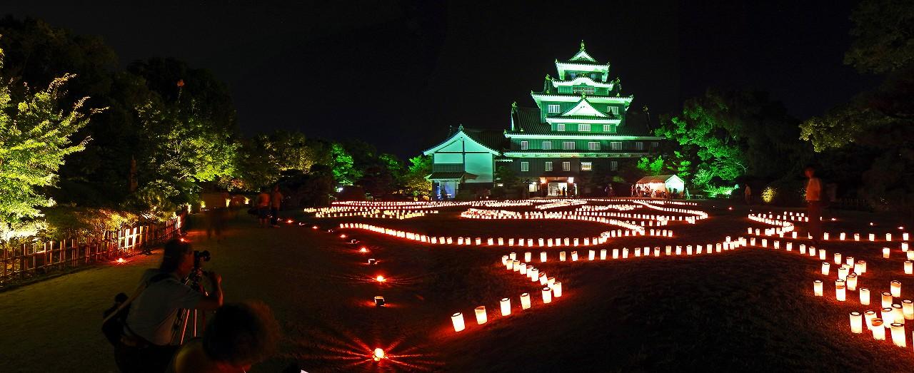 20170812 夏の烏城灯源郷の天守閣前広場の灯りのアートワイド風景 (1)