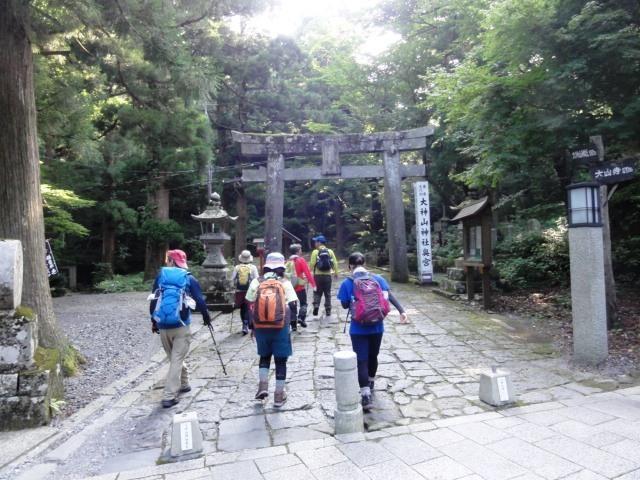7-34大神山神社参道へ