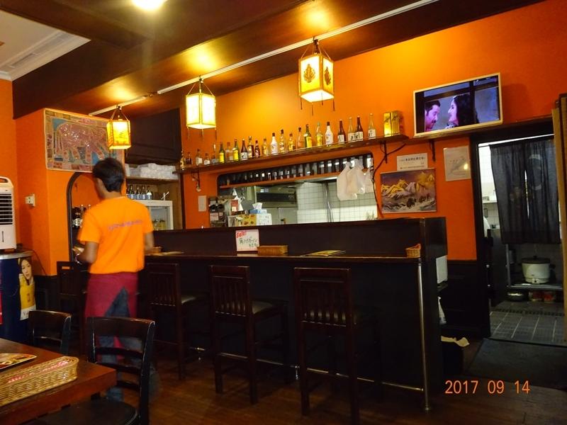 DSC09697ネパールカレー店内