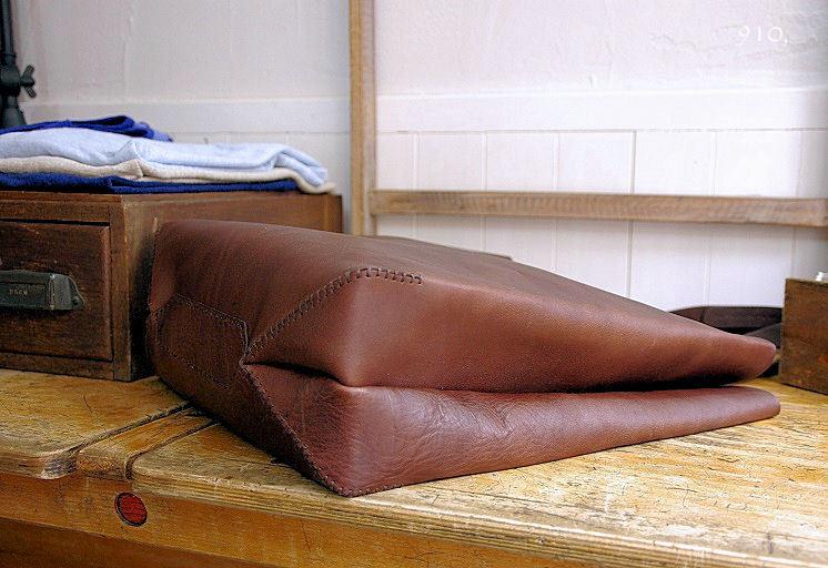 ウルクスト手縫いトートL-1