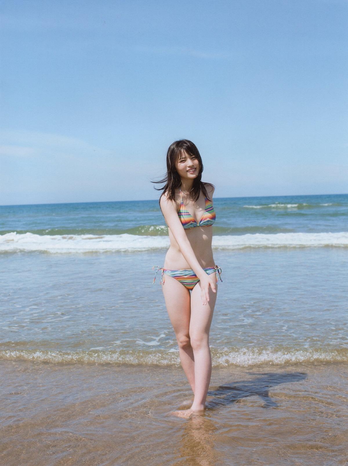 カラフルラインのビキニ 矢島舞美 海 3