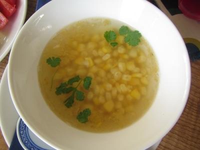 生とうもろこしのスープ