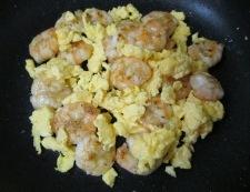 海老たまレタス炒め 調理④