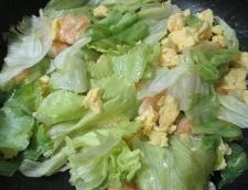 海老たまレタス炒め 調理⑥