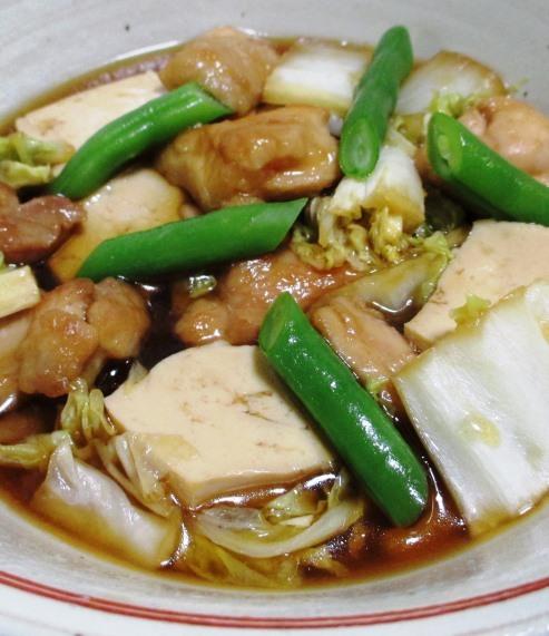 鶏もも肉と白菜のすき焼き風煮物 B