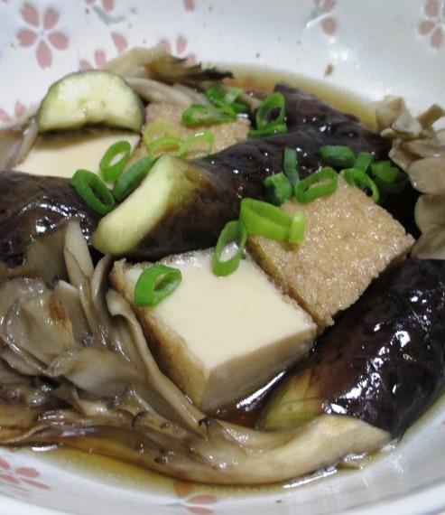 ナスと絹揚げ舞茸の煮物 B