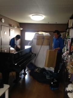 ピアノ搬出1