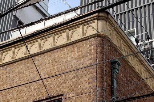 0259:旧高原ビル コーニスの装飾