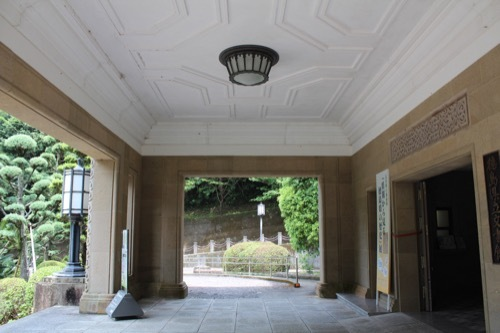 0260:徳島県立文書館 玄関スペース①