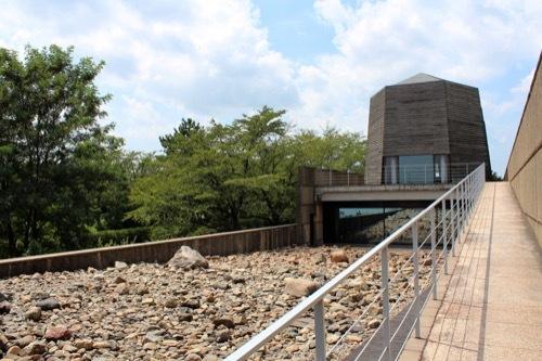 0265:中谷宇吉郎雪の科学館 中庭②