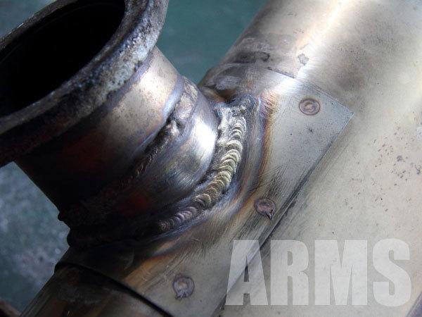 マフラーから排気漏れ 修理 ステンレス溶接