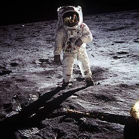 Aldrin_Apollo_11.jpg