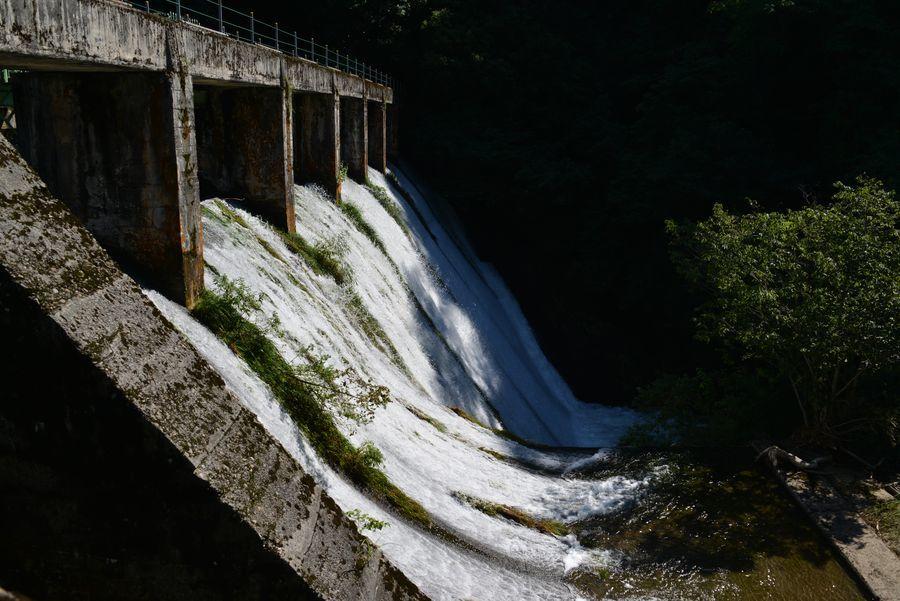 水源地ダム-1
