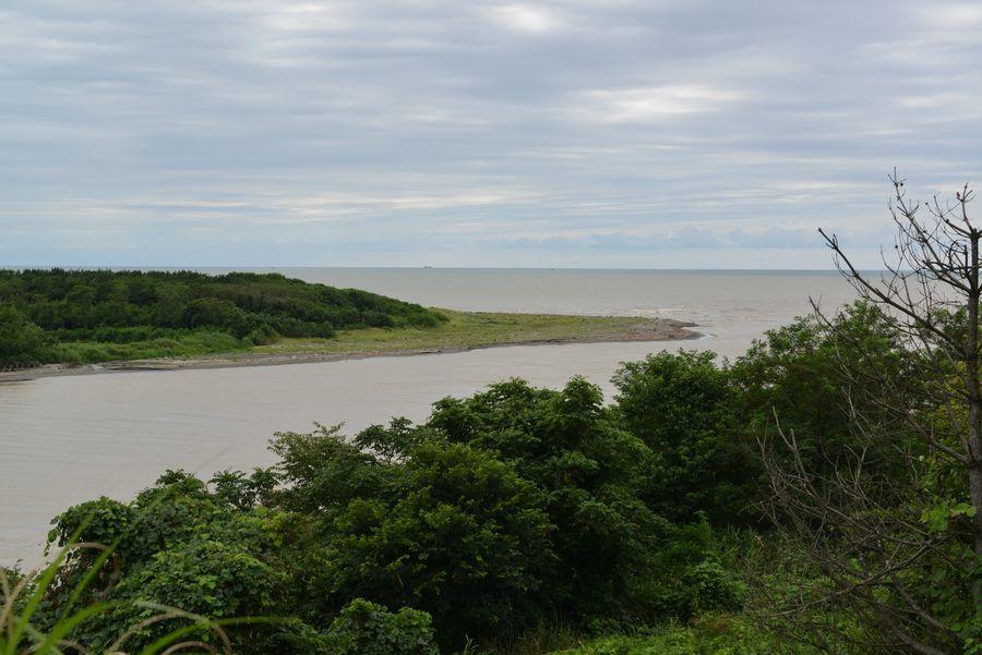 お盆の海岸-1