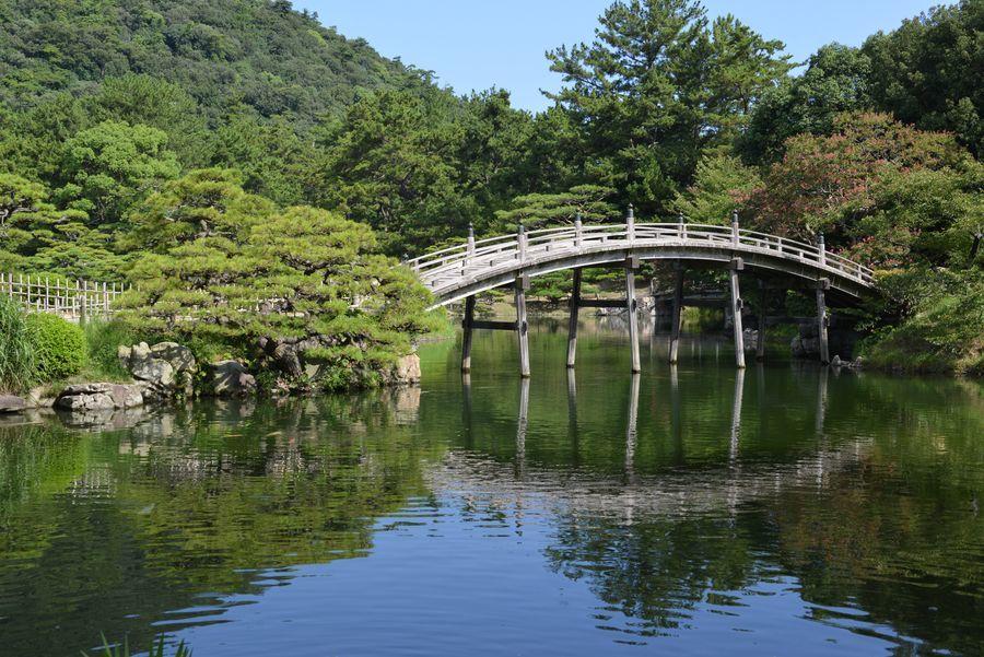 栗林公園  偃月橋-4
