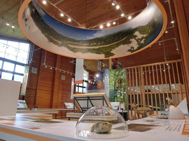 浄土平ビジターセンター 展示室
