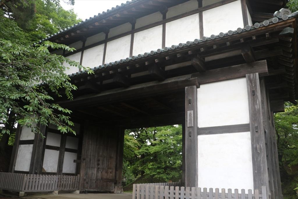 二の丸東門(東内門)…国指定重要文化財_2