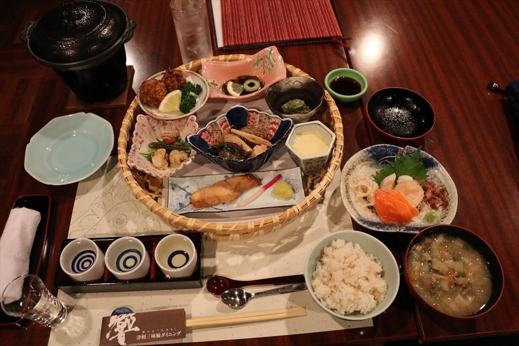 郷土料理「かご膳」+豪華利き酒セット_1
