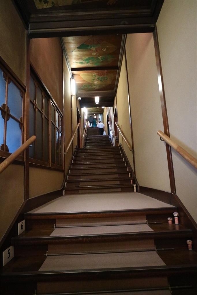 百段階段の原点の階段_2