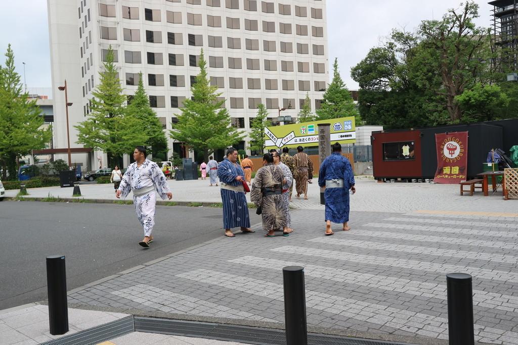 当然ながらお相撲さんがいっぱい