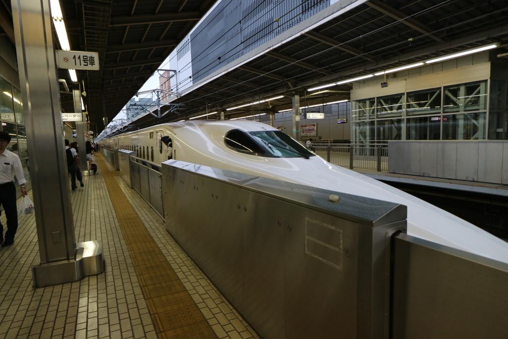 新横浜にて_2