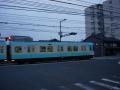 170729大津で京阪の路面軌道を渡る