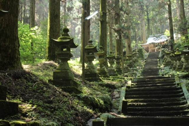 熊野座神社 (4) (640x427)