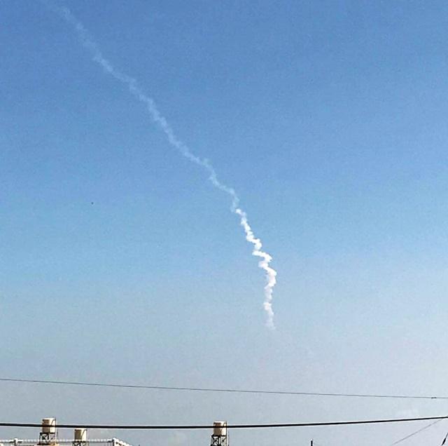 ロケット発射2