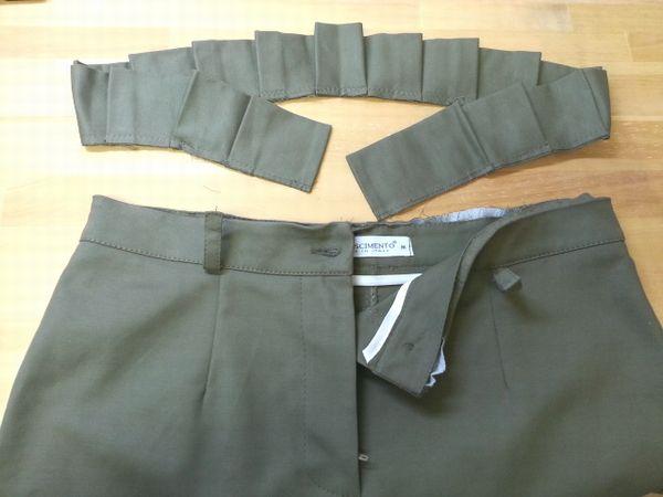 カーキタイトスカート4