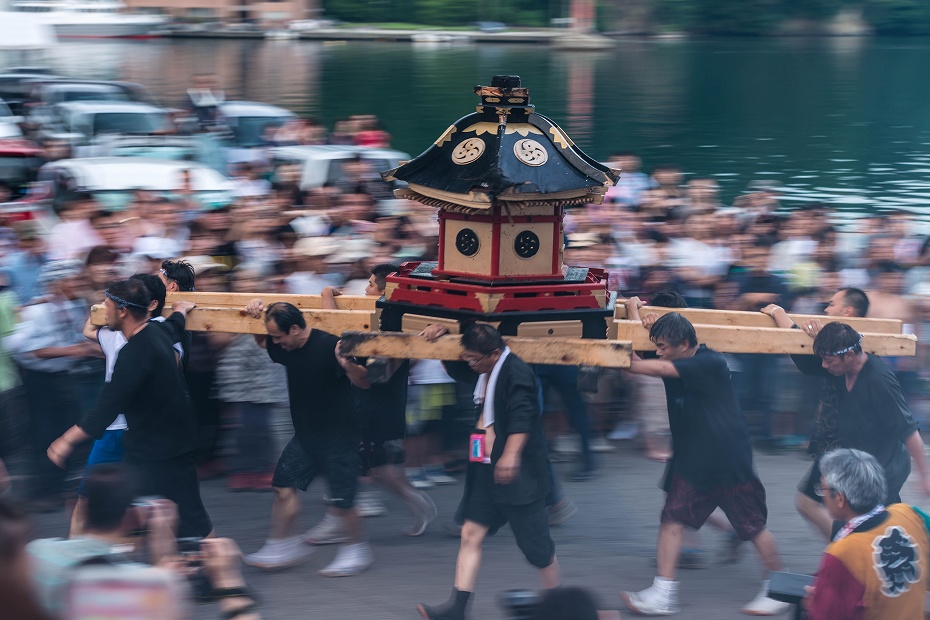 2017.07.08あばれ祭_酒垂方神輿海へ8