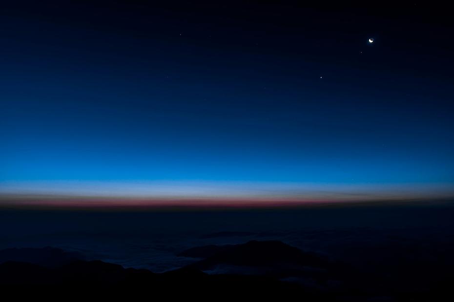 2017.07.20.4北アルプス方面と月と金星