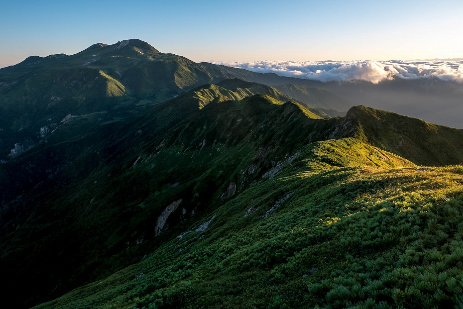 2017.09.01o御舎利山から石徹白道を下る1