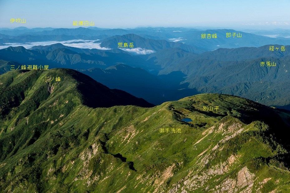 2017.09.01o御舎利山から石徹白道を下る3