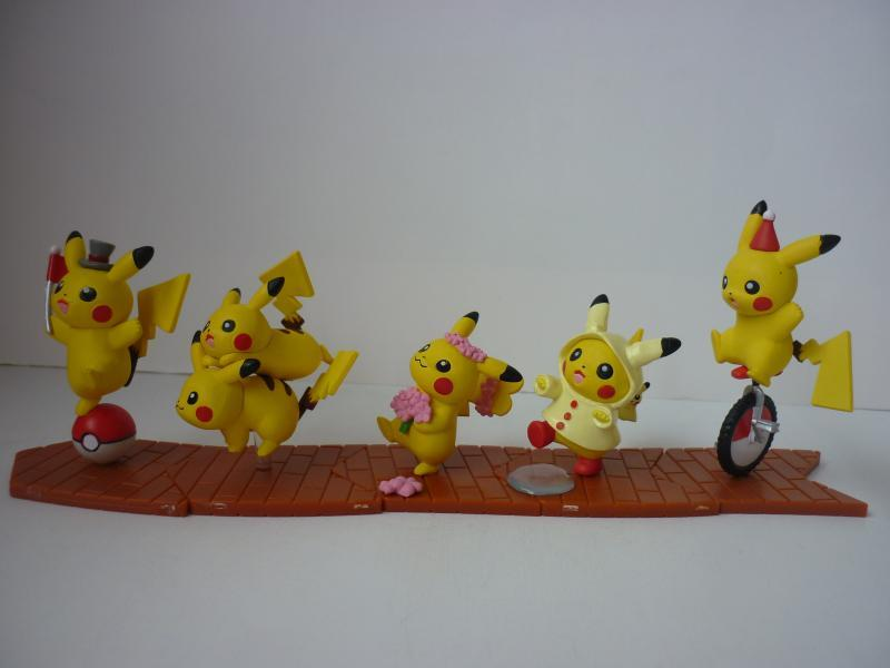 Pokemoncafe_minifigurecollection-largemarchofPikachu02.jpg