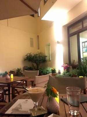 Porto Veneziano Hotelの一階Bar1