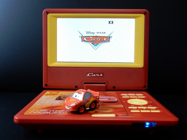 cars-dvd-player5.jpg