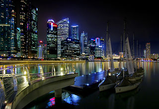 320px-Boats_at_Marina_Bay_(8191487293).jpg