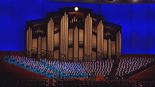 320px-Mormon_Tabernacle_Choir_and_Organ.jpg