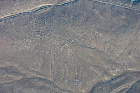 Líneas_de_Nazca,_Nazca,_Perú,_2015-07-29,_DD_49