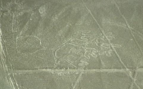 Nazca-lineas-manos-c01.jpg
