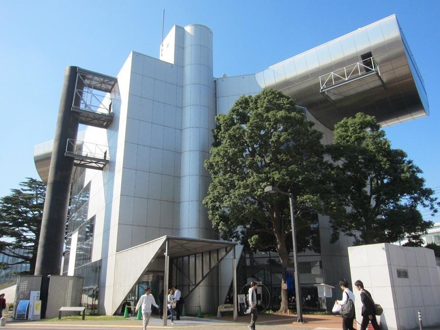 東京工業大学 百年記念館