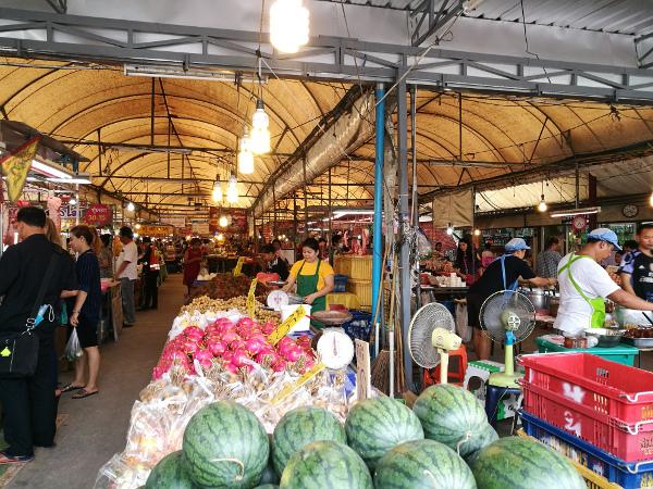 バンコク 市場