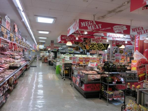 1階精肉売り場