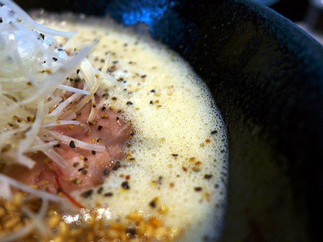 フカクサ製麺食堂@02おさかな鶏白湯らーめん 2