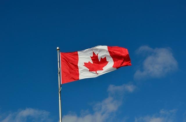 canadian-flag-1229484_640.jpg