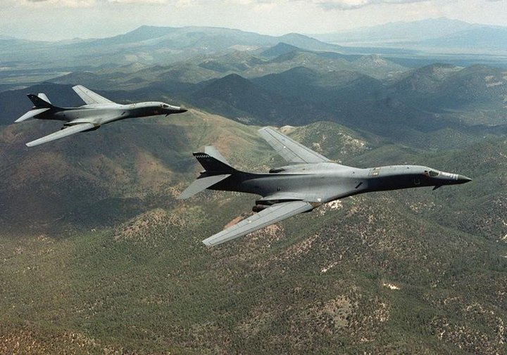 B-1B戦略爆撃機