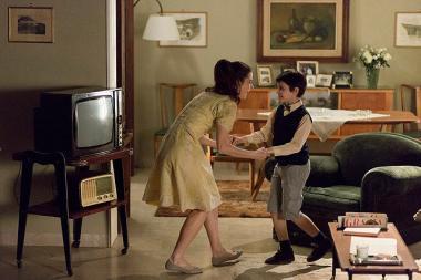 『甘き人生』 母親(バルバラ・ロンキ)はマッシモがまだ子供もころに亡くなってしまう。