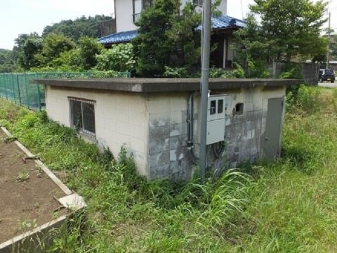 目久尻川用田橋の取水施設・操作室ポンプ室