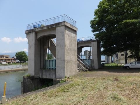 旧釜口水門・船通し水門