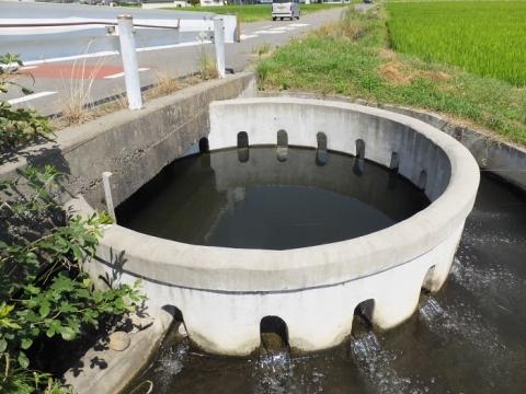 西天竜幹線水路「大泉21号乙」円筒分水工